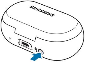 Нажмите и удерживайте кнопку подключения на зарядном устройстве