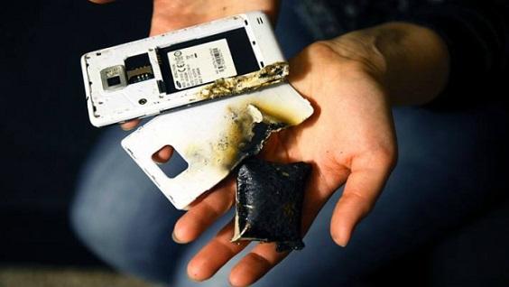Вздулся аккумулятор в телефоне